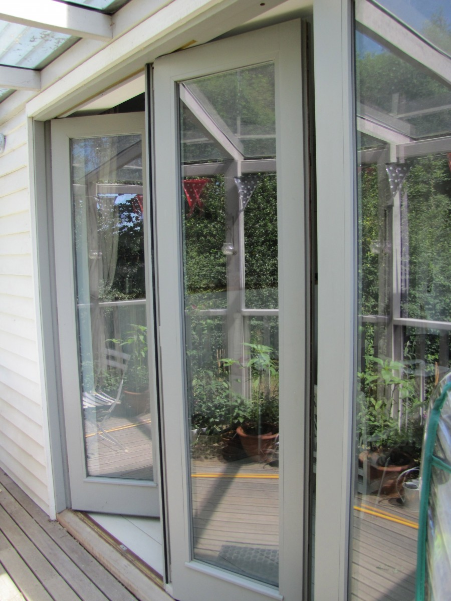 Contemporary Folding Sliding Doors